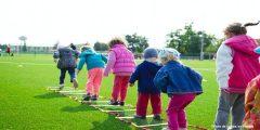 ¿Por qué dejar que los niños jueguen sin reglas ni instrucciones?